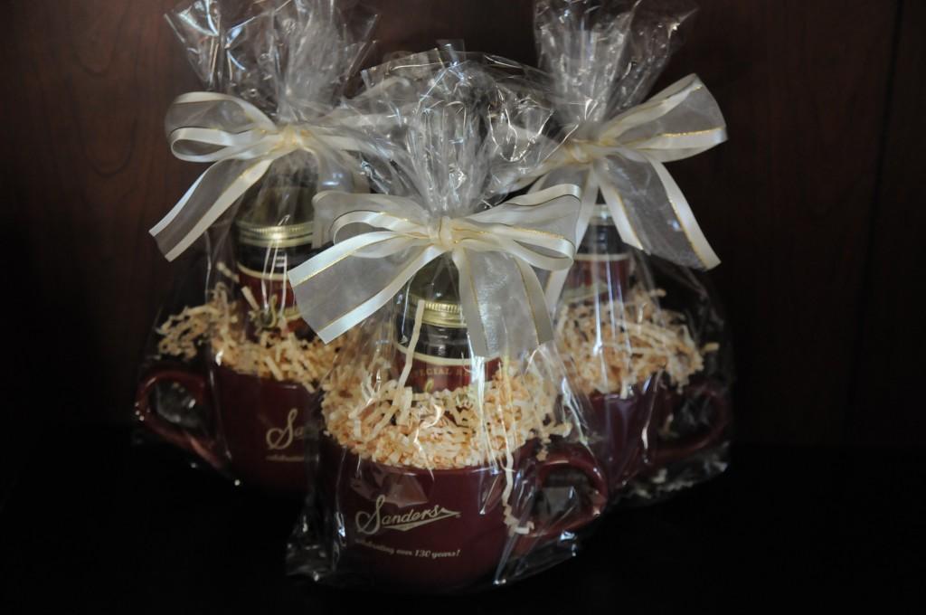 dark chocolate peppermint pattie dessert topping 8 Sanders | Michigan Chocolate