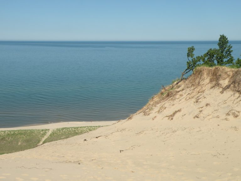 Lake town Beach - The Awesome Mitten