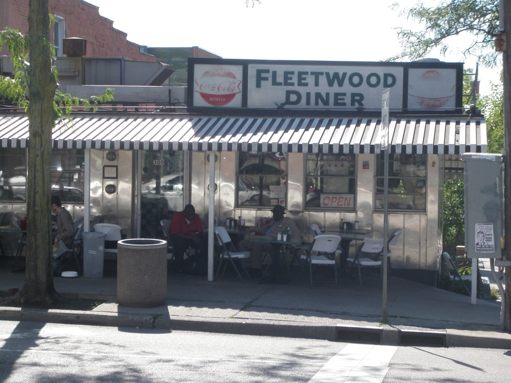more awesome mitten 004 Day 86: Fleetwood Diner