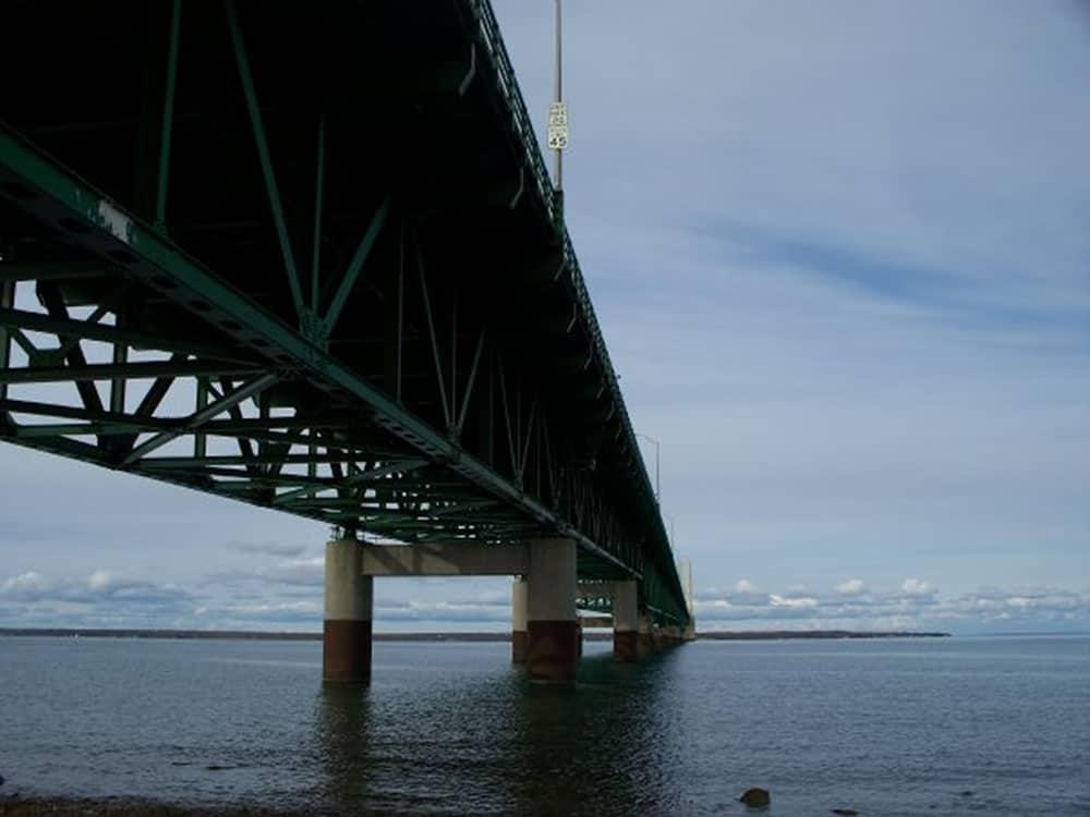 The Awesome Mitten - Mackinac Bridge