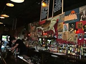 DSCN0850 The Meanwhile Bar