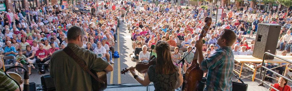 08GLFF 03web Great Lakes Folk Festival