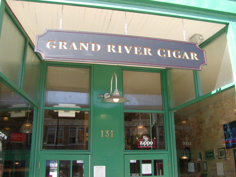 The Awesome Mitten-Grand River Cigar