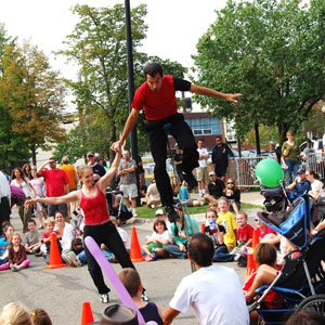 The Awesome Mitten - DIY Street Fair
