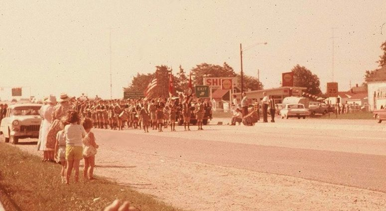 original walk across mackinac bridge in 1959