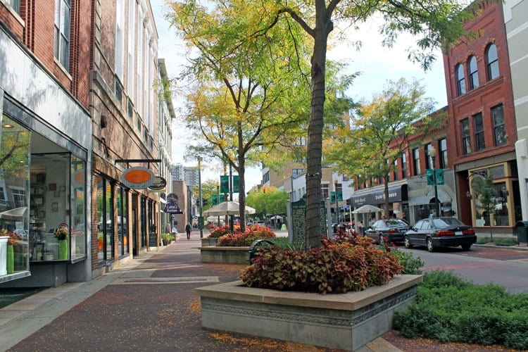 Discovering Kalamazoo - The Awesome Mitten