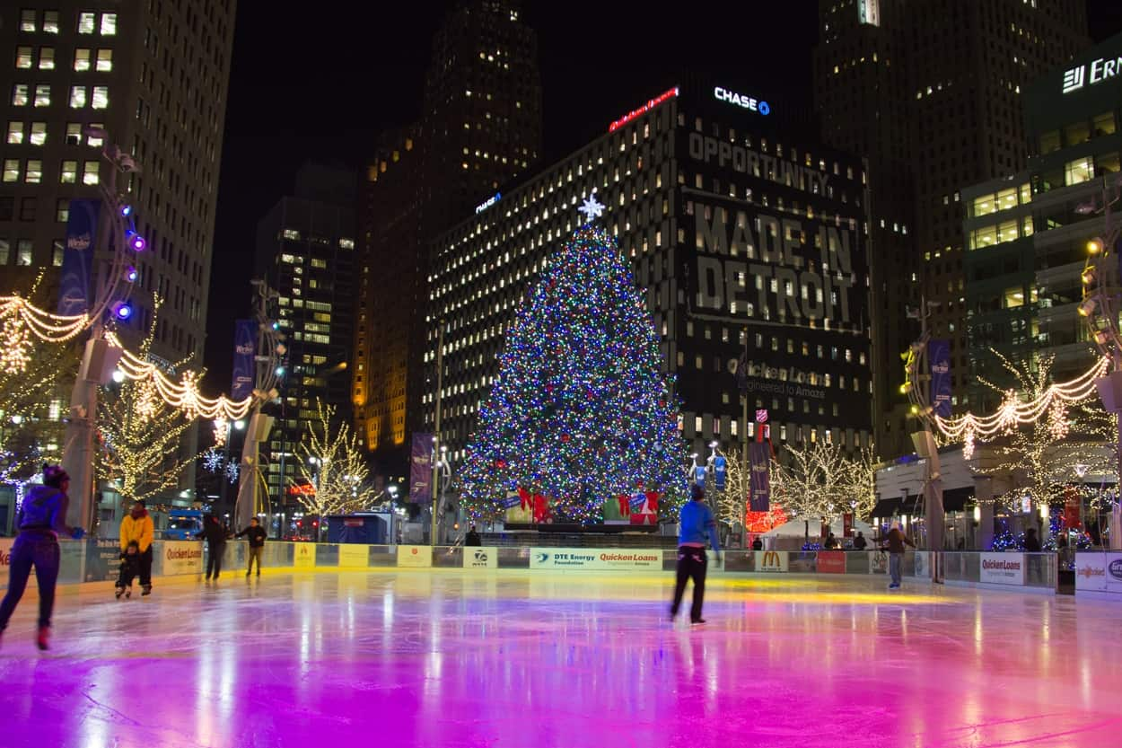 Downtown Chicago Christmas Lights