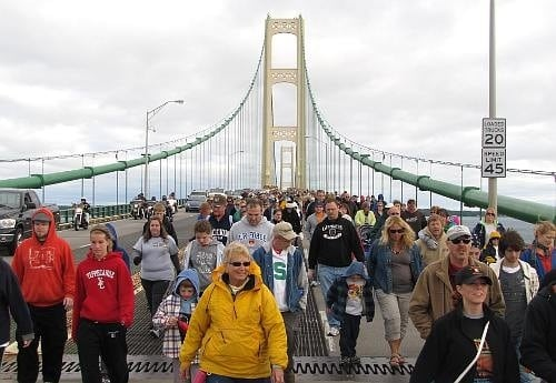 The Awesome Mitten- Top 10 Tourist Tips and Tricks: The Straits of Mackinac
