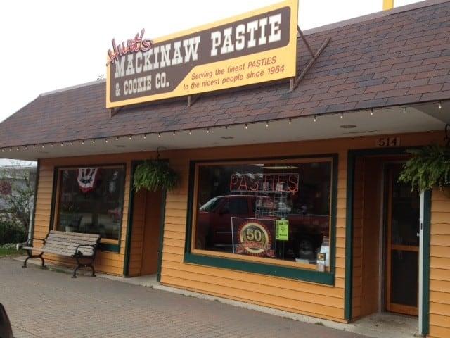 Hunt's Mackinaw Pasty & Cookie Co - best pasties in Mackinaw City