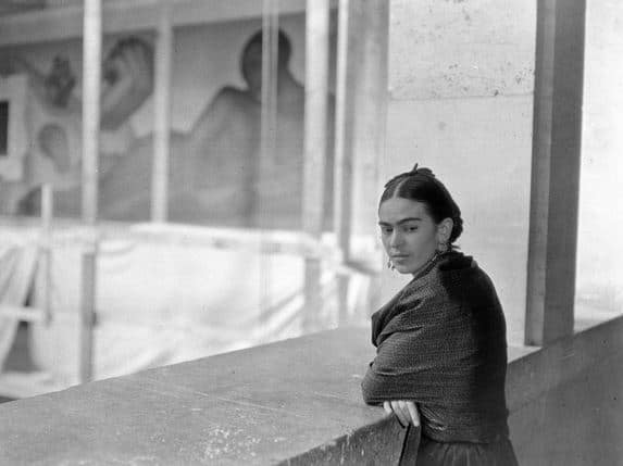 Rivera Kahlo overlooking murals Diego Rivera and Frida Kahlo in Detroit