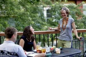 5 Ways to Dine Outside This Summer in Kalamazoo - Awesome Mitten