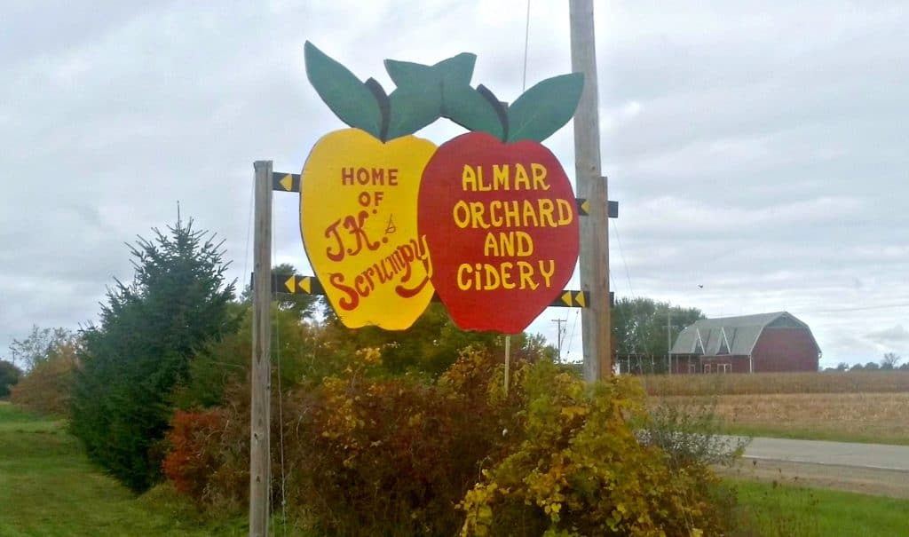 Almar Apple Orchard in Michigan