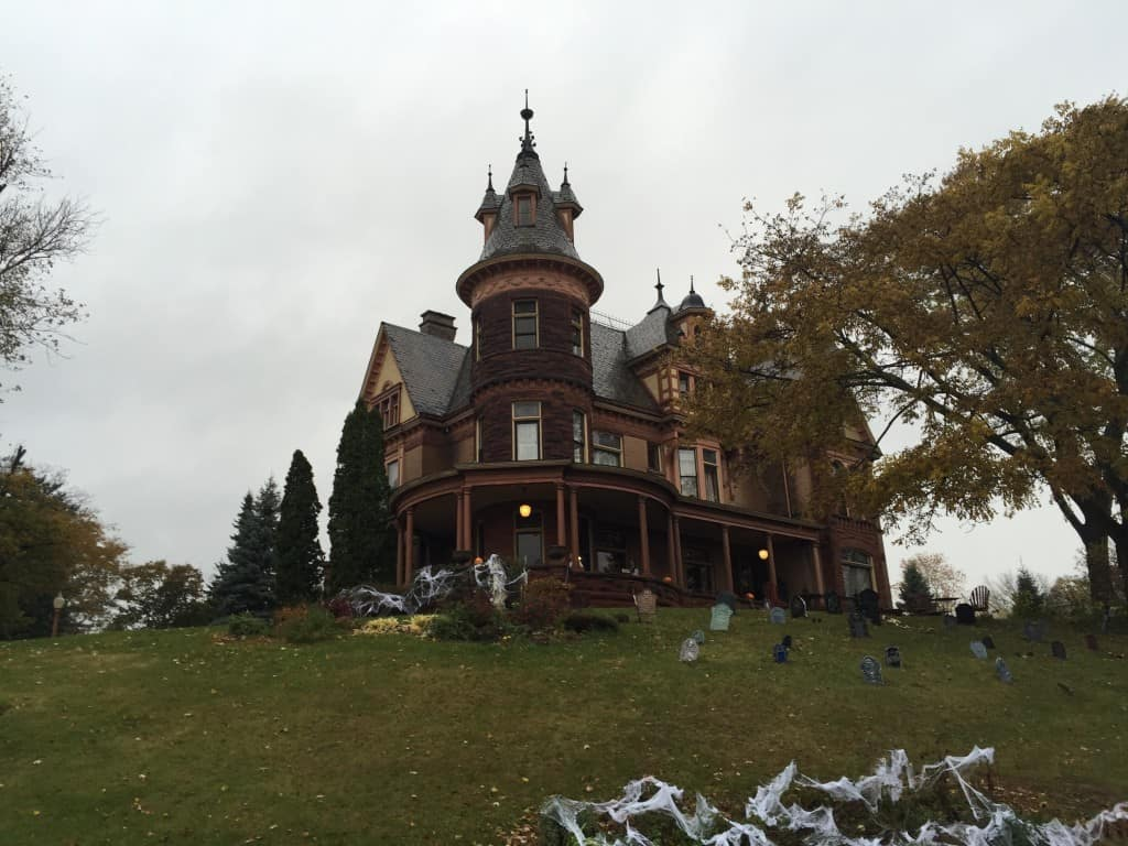 Henderson Castle - #MittenTrip - Kalamazoo - The Awesome Mitten