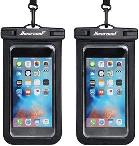 cellphone dry bag Michigan Gift Guide for the Outdoor Adventurer