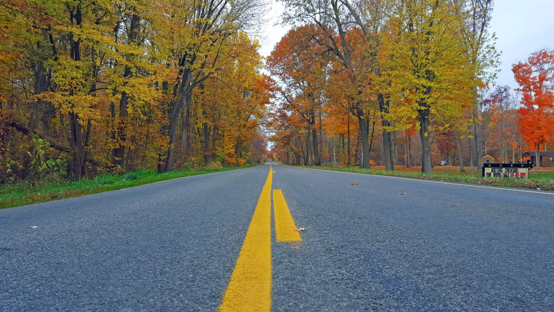 Enjoy Fall Colors in Mid-Michigan in the Irish Hills - Awesome Mitten