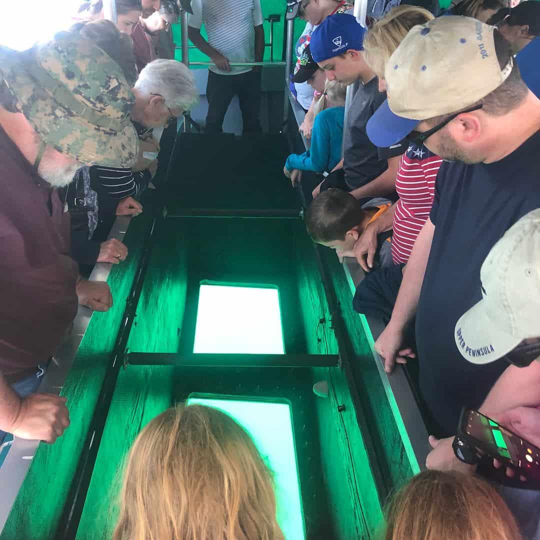 Glass Bottom Boat Explore Lake Superior Shipwrecks - Glass Bottom Boat Tour