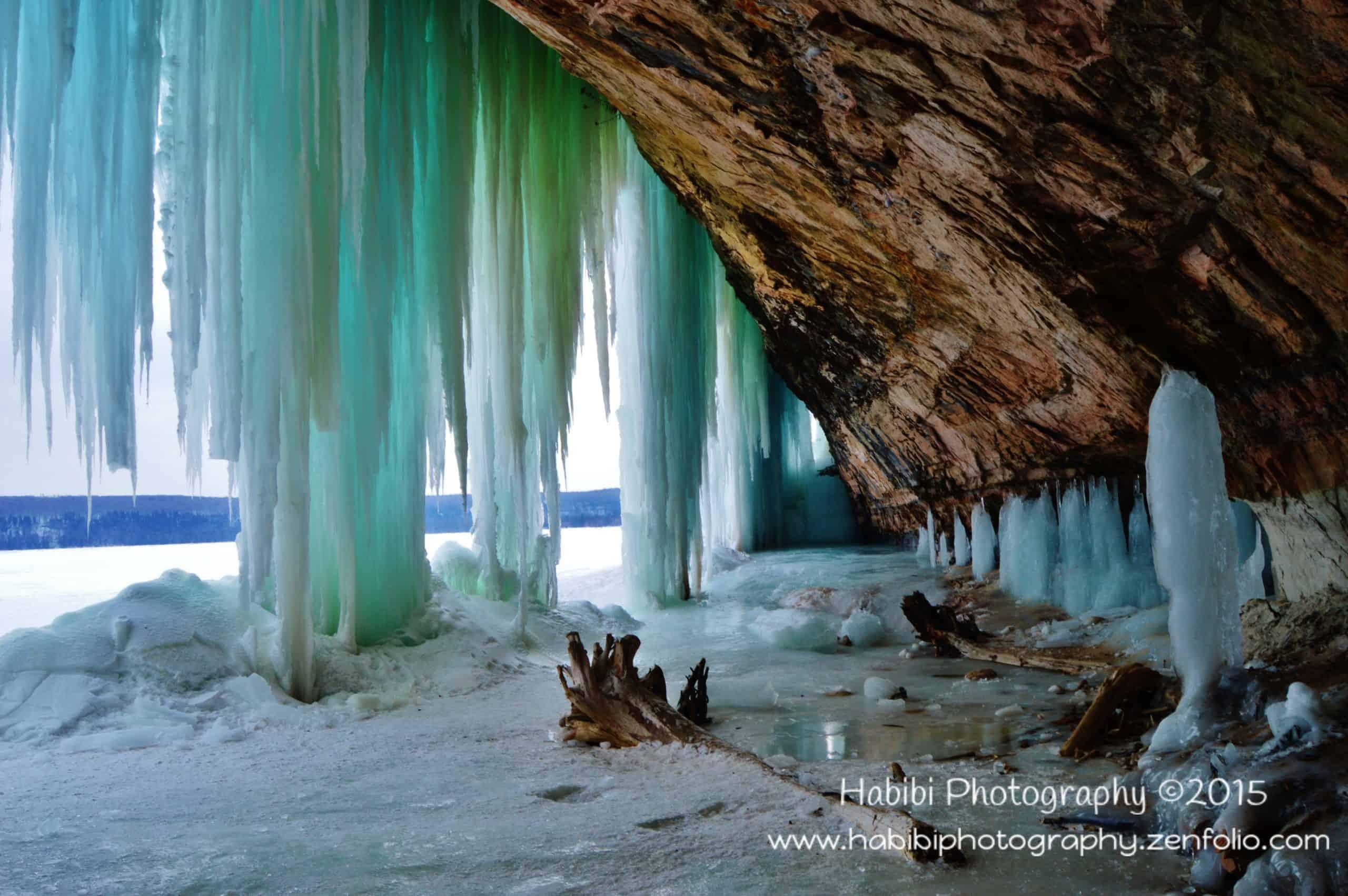 grand-island-ice-caves-munising-michigan-4-9829674