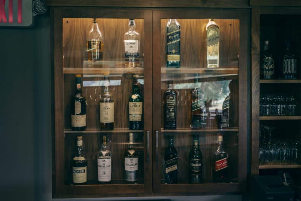 Se4sons Gastropub whiskey cabinet   Photo by Gideon Hunter