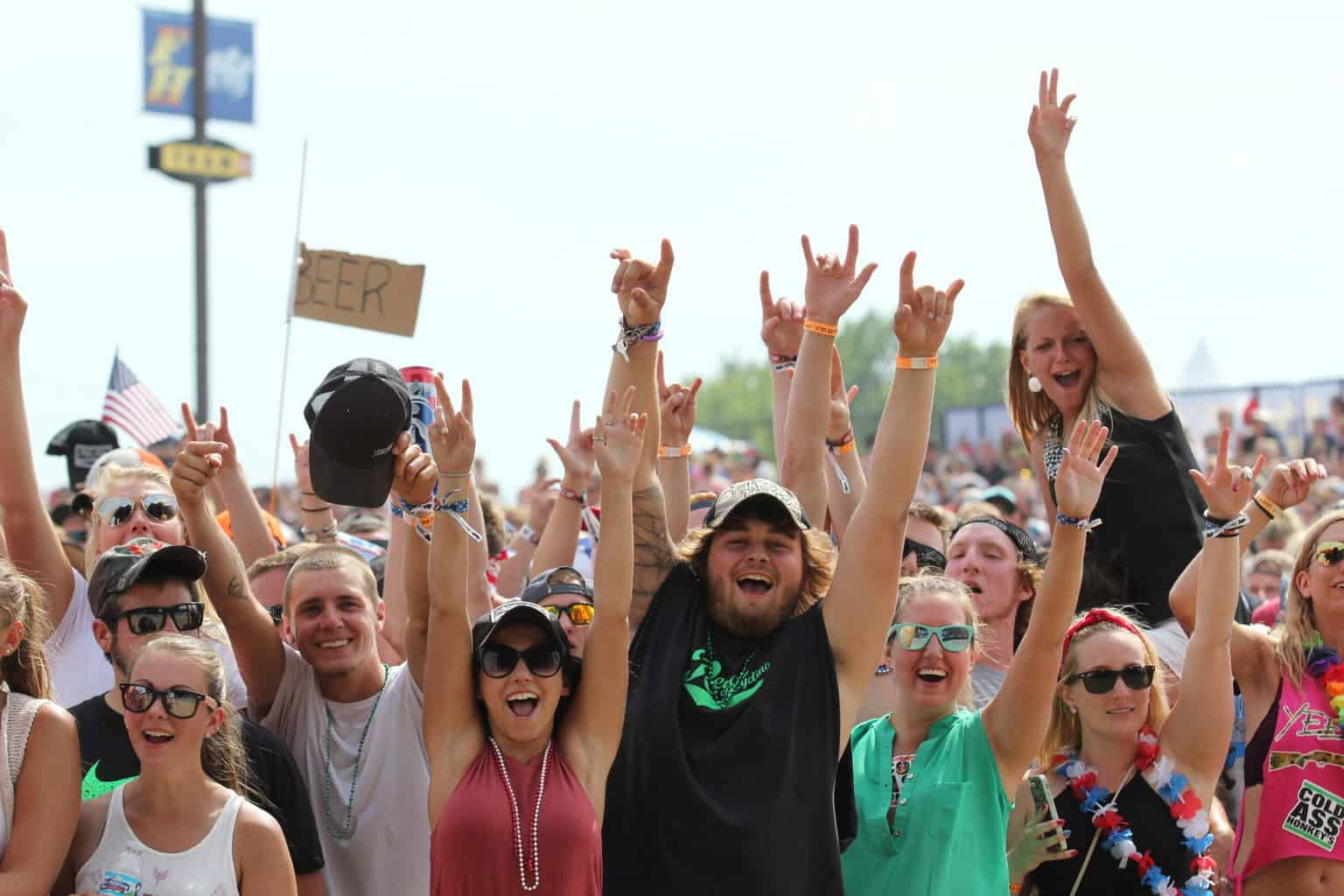 Faster Horses 2016 - The Awesome Mitten