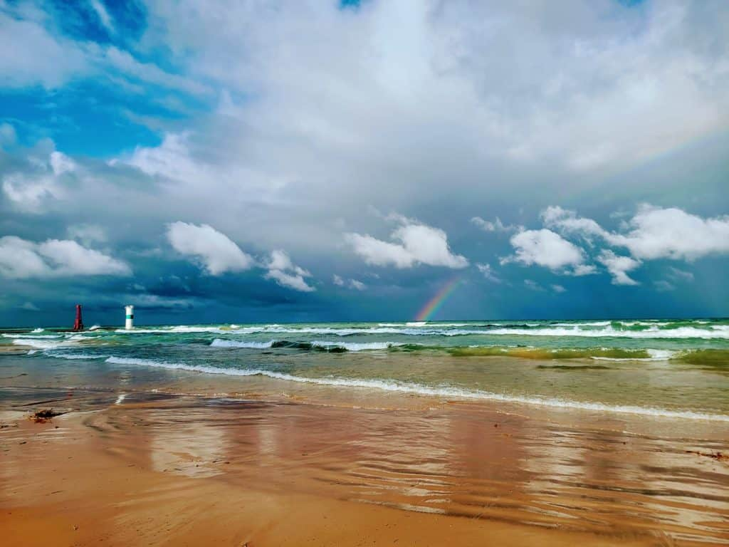 best Lake Michigan beaches in Northern Michigan: Mears State Park