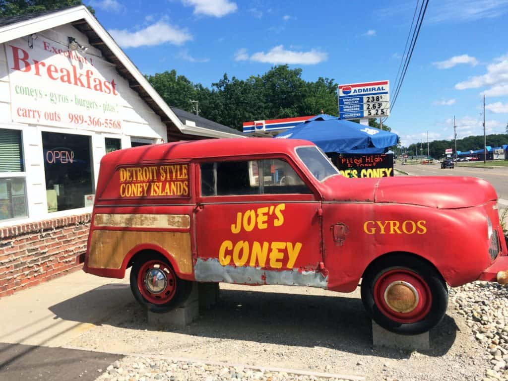 Houghton Lake - Joes Coney - The Awesome Mitten #MittenTrip