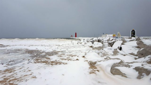 Michigan Lighthouses Look Better In Winter - The Awesome Mitten