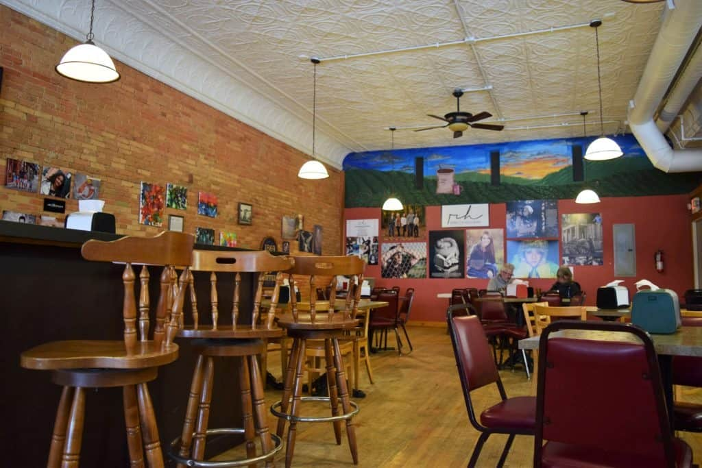 4 Small Greater Lansing Towns Worth A Visit - The Awesome Mitten