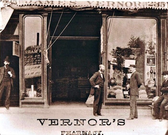 Vernors pharmacy original location on Woodward