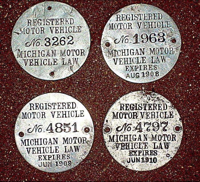 VINTAGE-PLATES Traverse City Michigan Aluminum License Plate