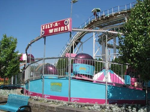 tilt-a-whirl amusement park ride michigan