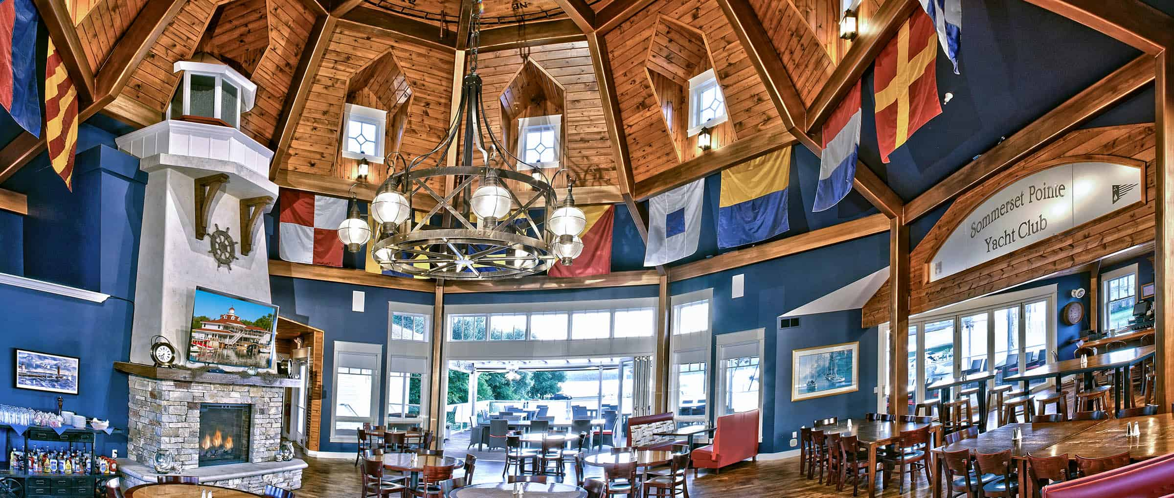7 Must-See Boater Friendly Restaurants - The Awesome Mitten