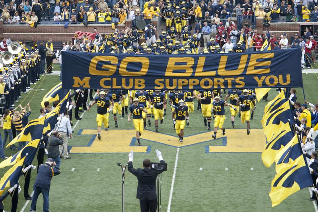 Wolverines Vs Spartans: The Ultimate Rivalry - The Awesome Mitten