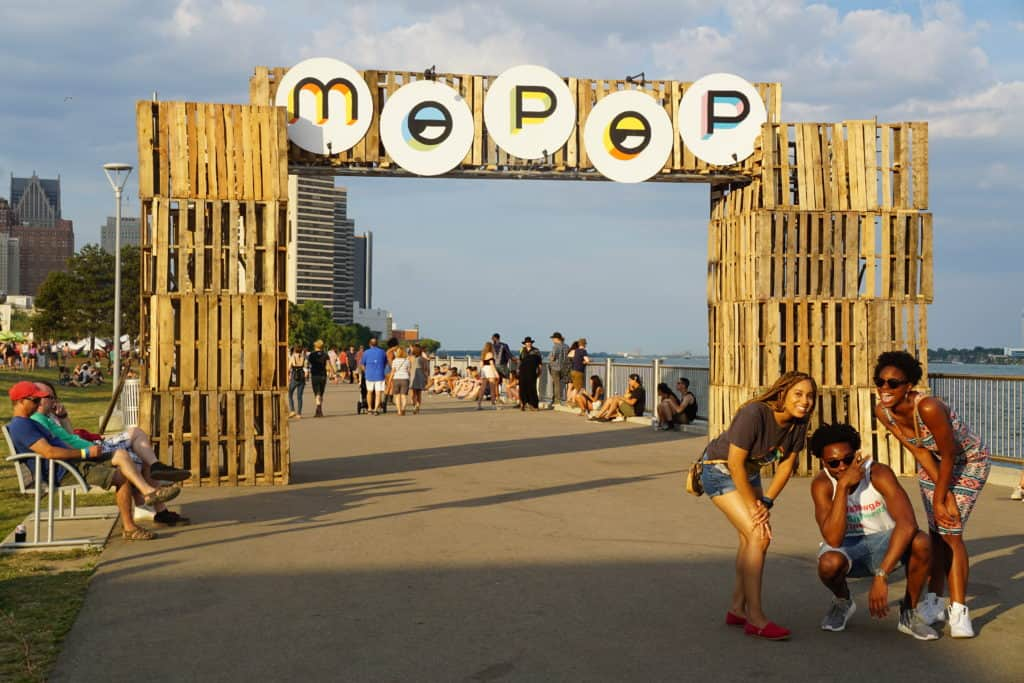 DSC03827 The Awesome Mitten Attends Mo Pop Festival at Detroit Riverfront