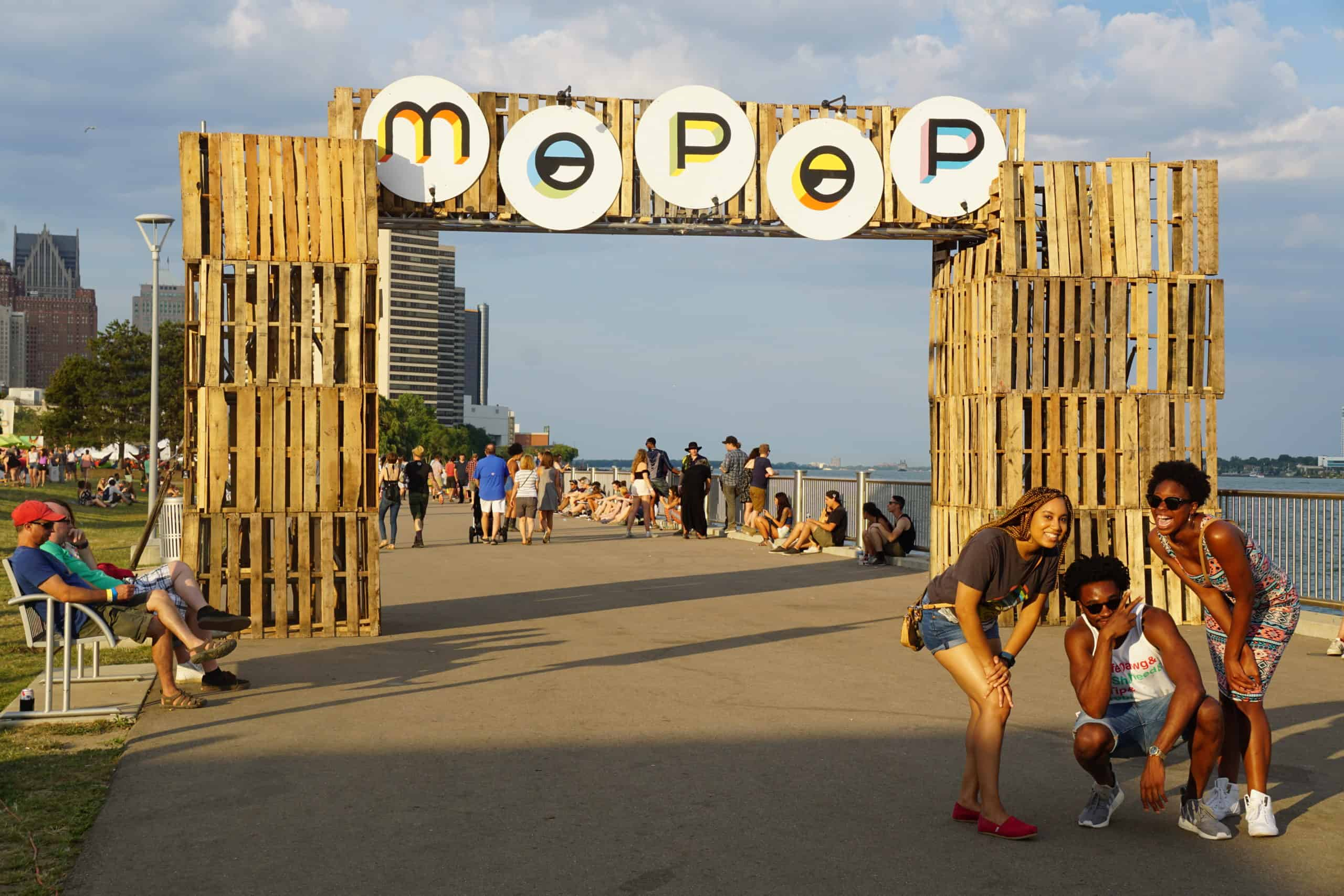 DSC03827 scaled The Awesome Mitten Attends Mo Pop Festival at Detroit Riverfront
