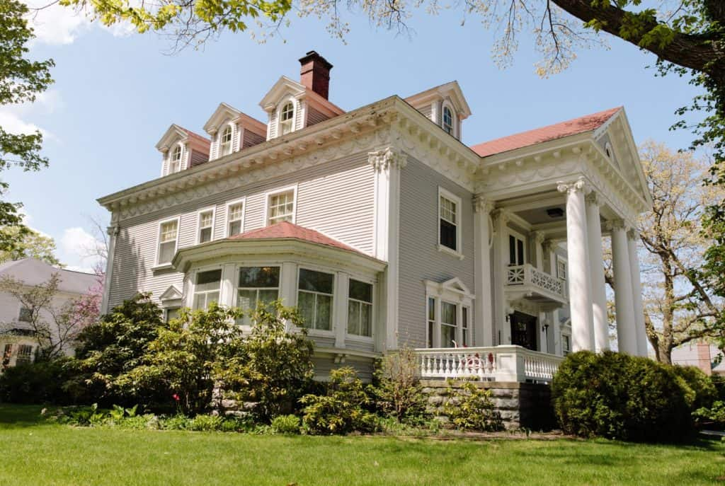 Wellington Inn Traverse City Michigan