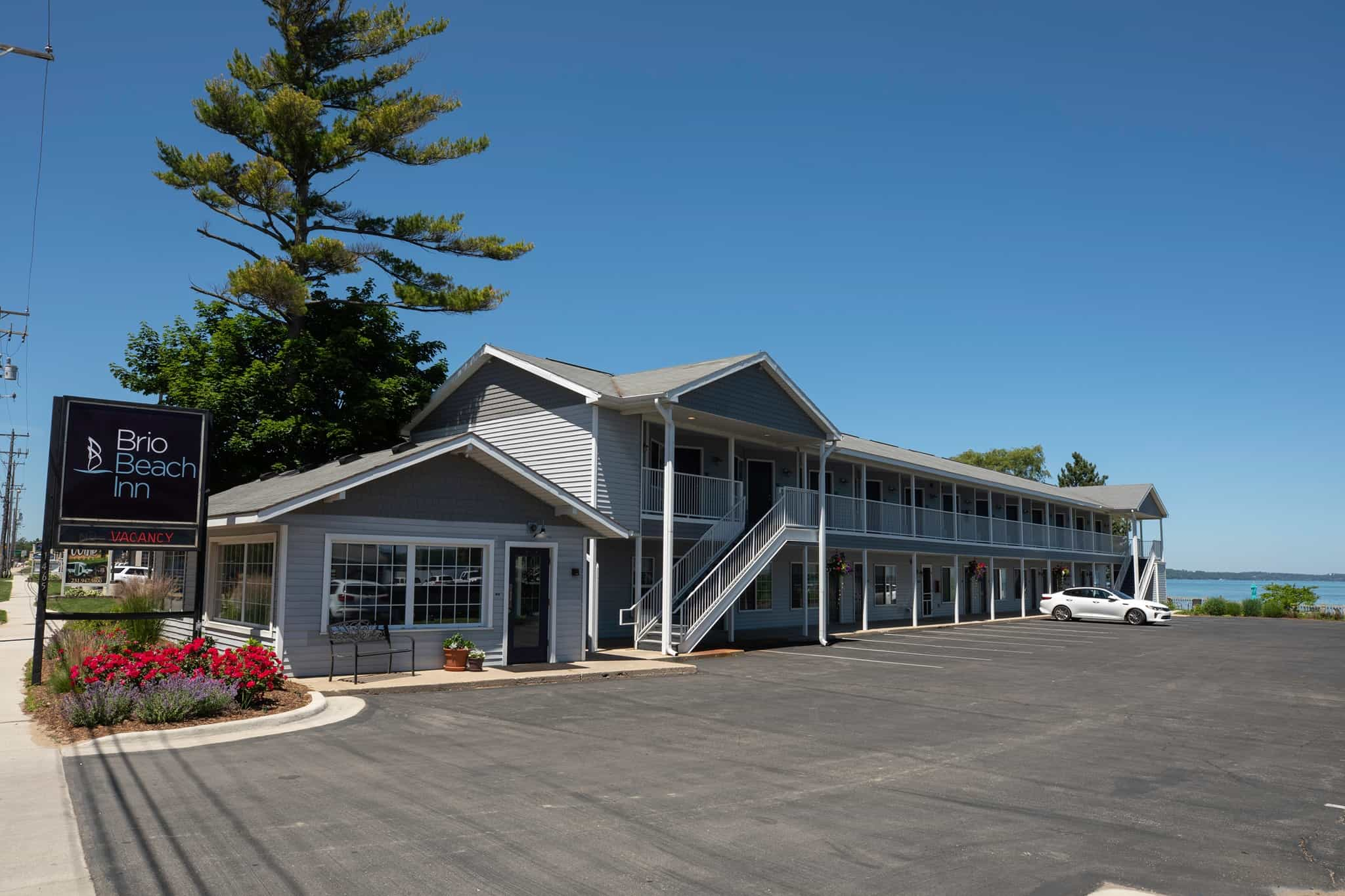 Brio Beach Inn in Traverse City Michigan
