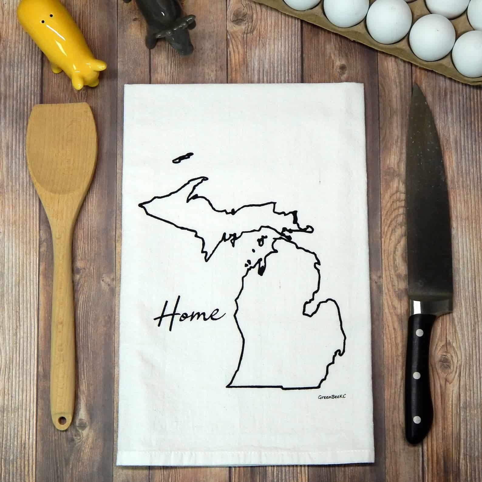 Michigan Flour Sack Tea Towels - an ultimate michigan gift idea