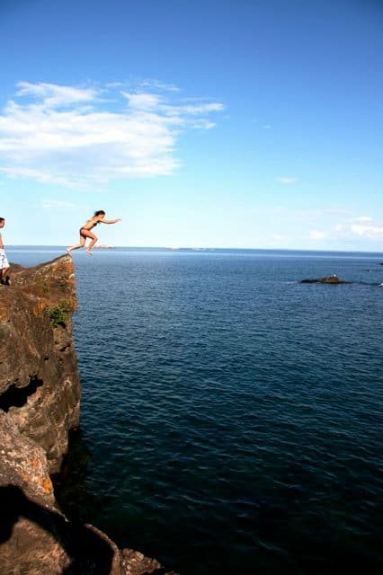 cliff jumping at black rocks marquette