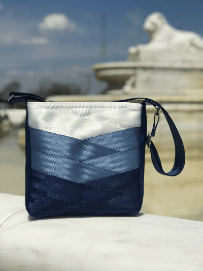 Belle Isle Seatbelt Tote - an ultimate michigan gift idea
