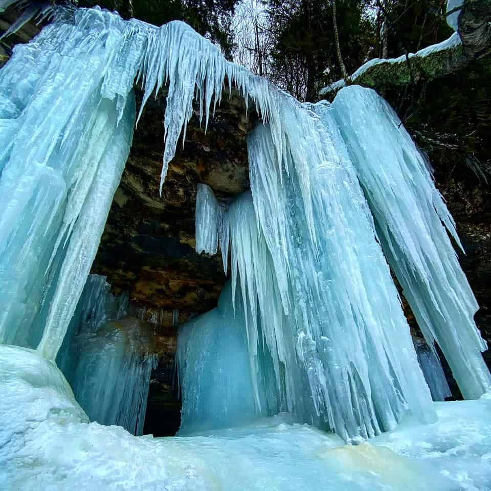 ice caves and frozen waterfalls in Michigan: Munising