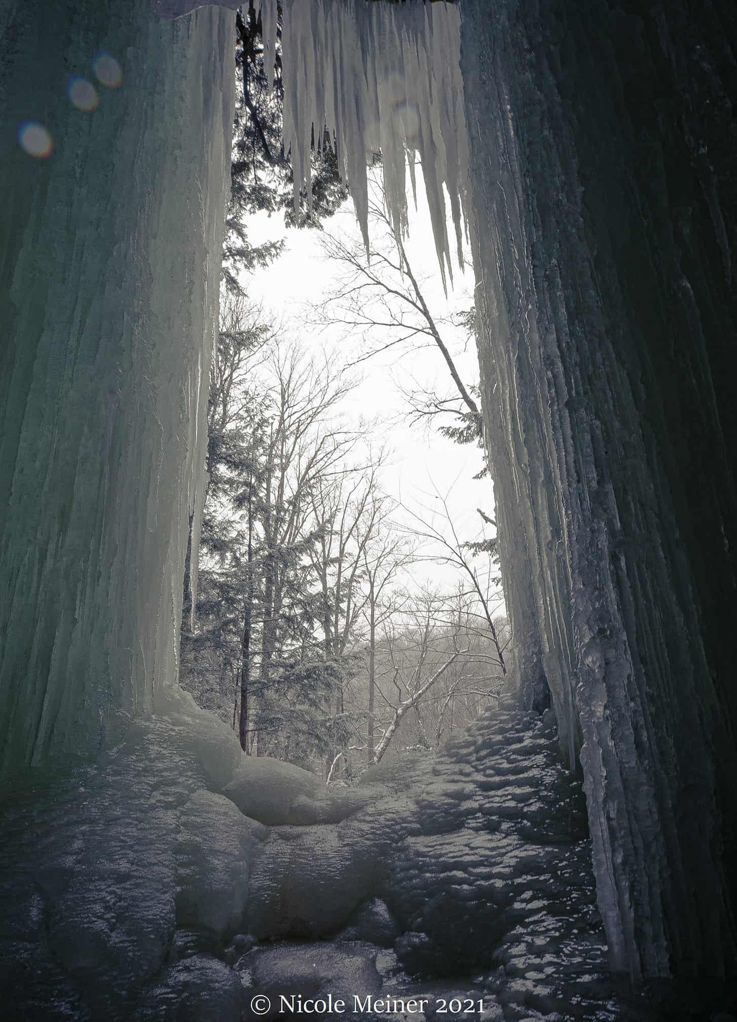 ice caves and frozen waterfalls in Michigan: Eben Ice Caves