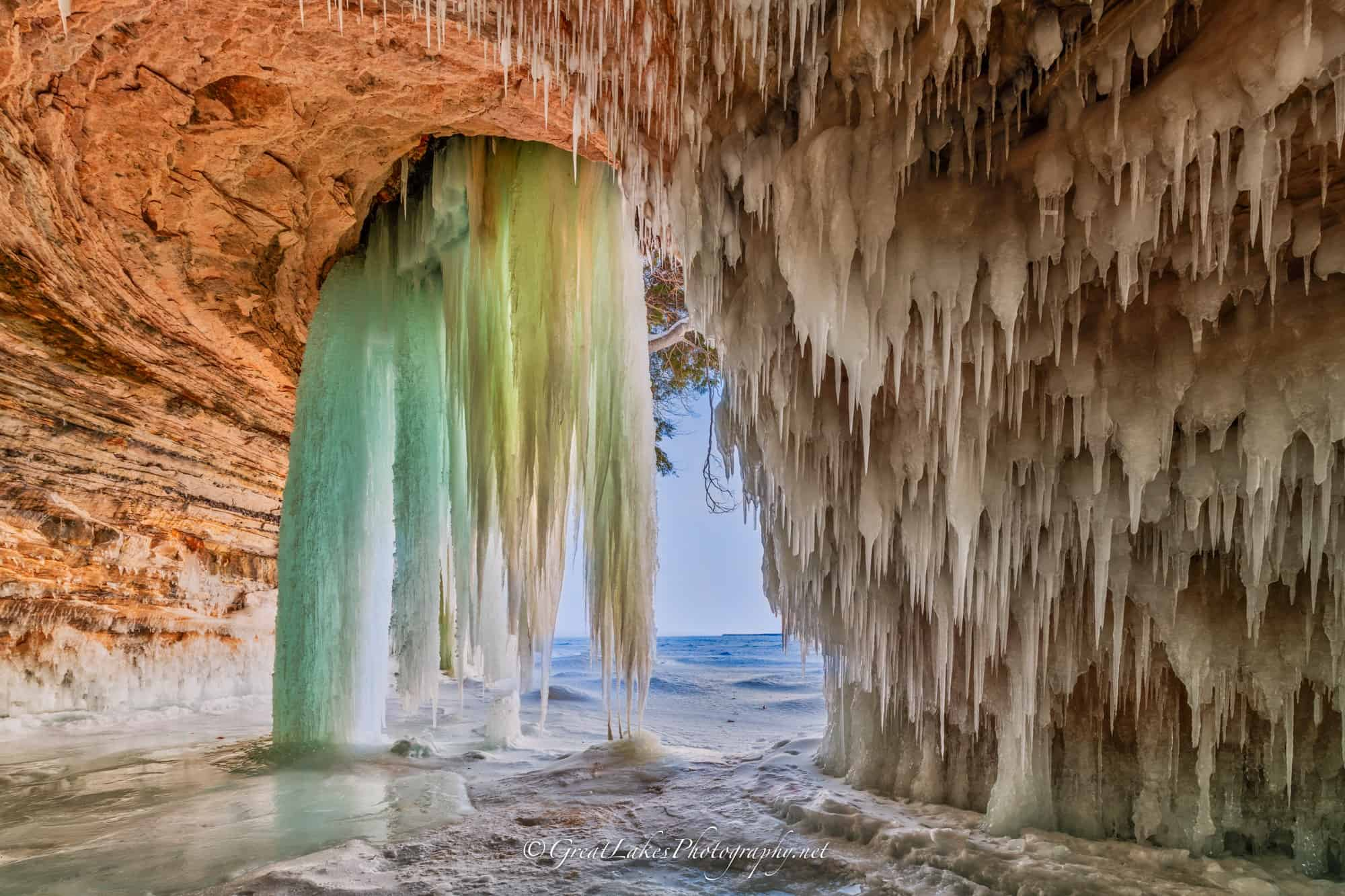 ice caves and frozen waterfalls in Michigan: Grand Island