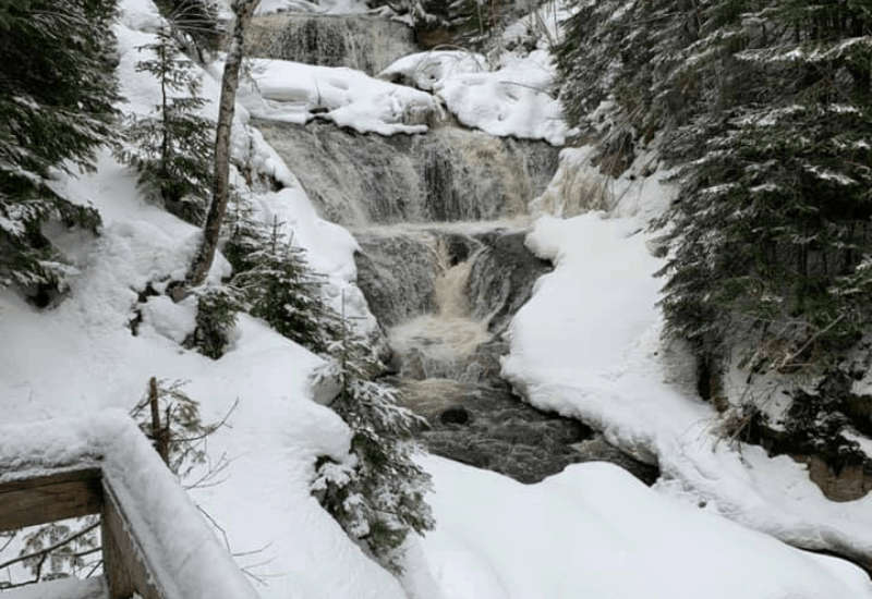 frozen sable falls in pictured rocks