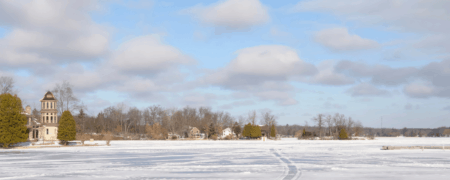 Holiday Traditions & Winter Travel Ideas in Michigan