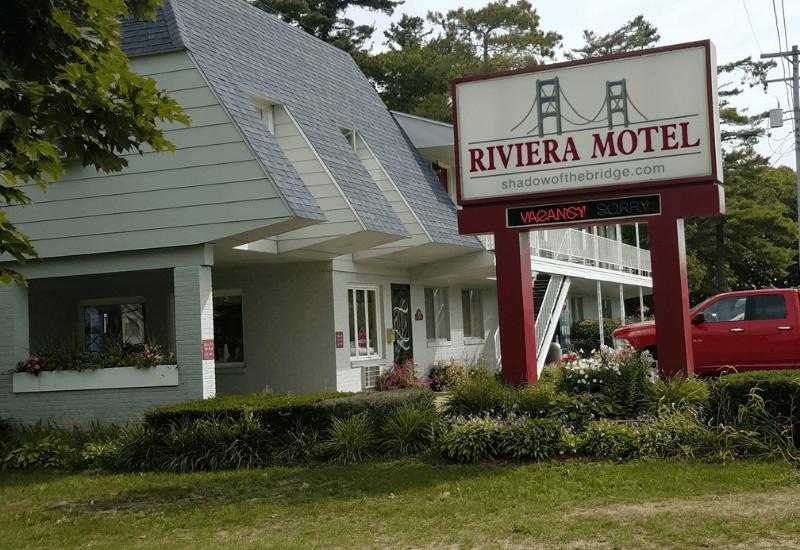 Riveria Motel Mackinaw City