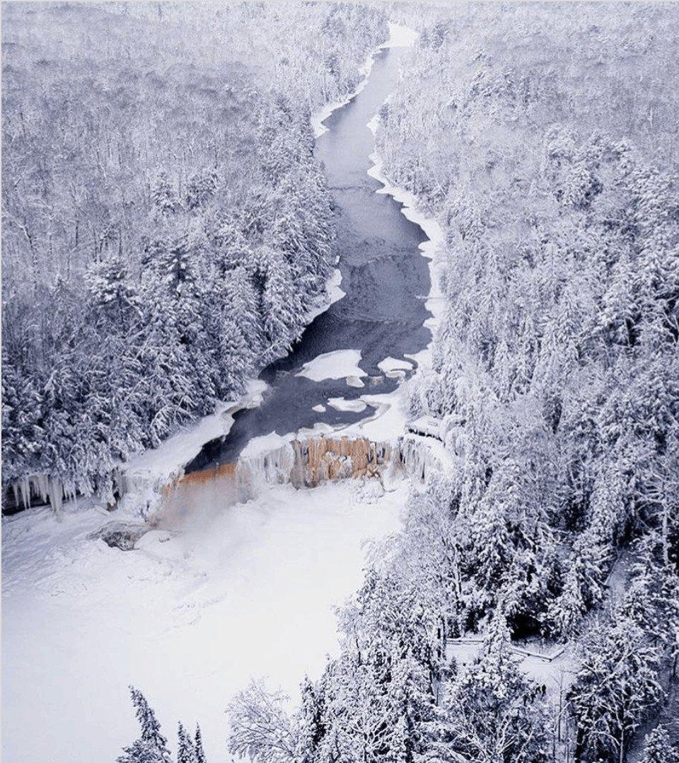 devon loerop TahquamenonFalls An Eastern Upper Peninsula Winter Road Trip #MittenTrip
