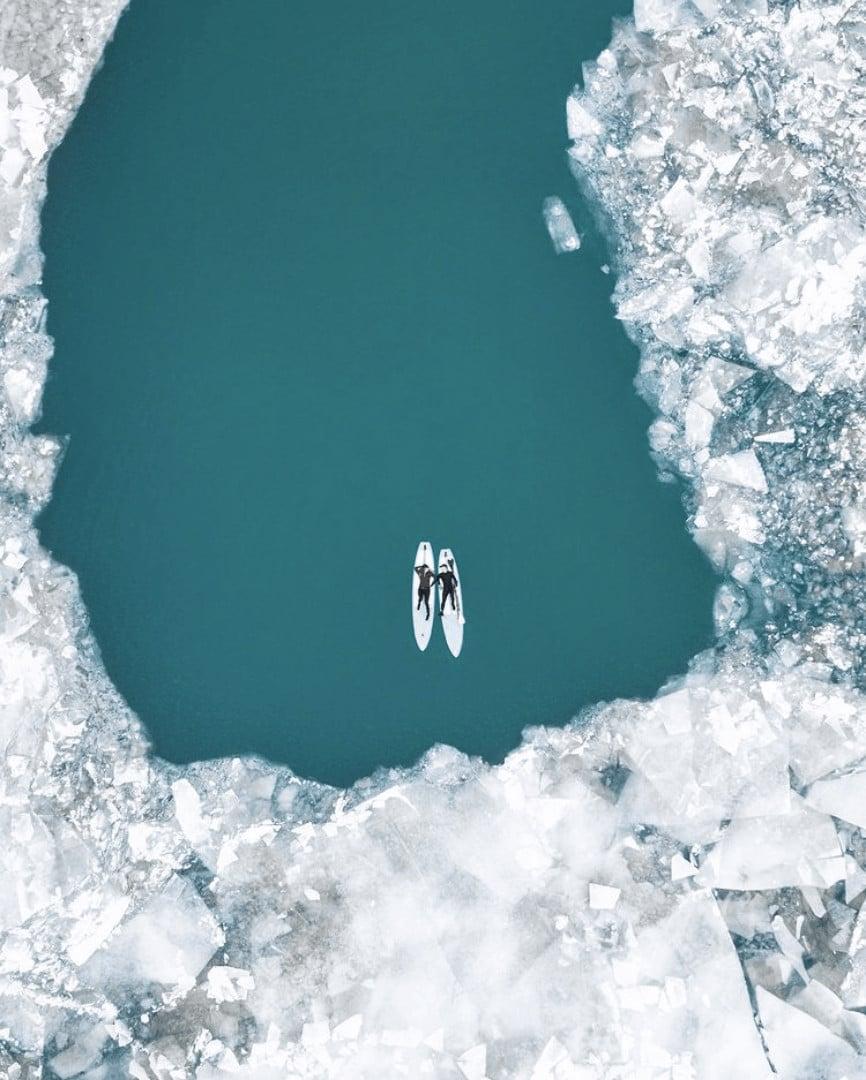 frozen winter lakes in Michigan: Belle Isle
