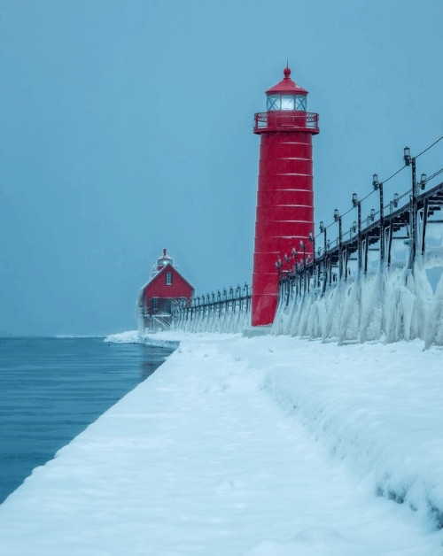 winter lighthouse in Michigan:Grand Haven
