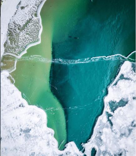 frozen winter lakes in Michigan: Glen Lake