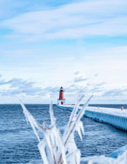 winter lighthouse in Michigan:Menominee Light